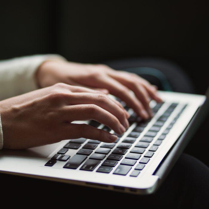 Rječnik cyberbullying pojmova i društvenih mreža