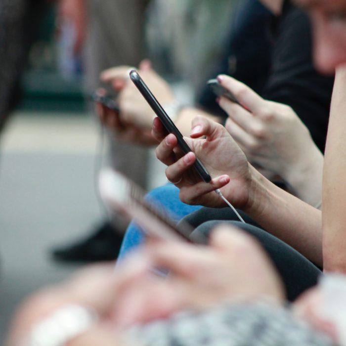 """Kako online iskustva utječu na mentalno zdravlje mladih? (rezultati nacionalnog istraživačkog projekta """"Društvena online iskustva i mentalno zdravlje mladih"""")"""